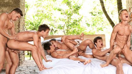 Pip, Sven,  Jim   with   Bastian, Kieran, Jason